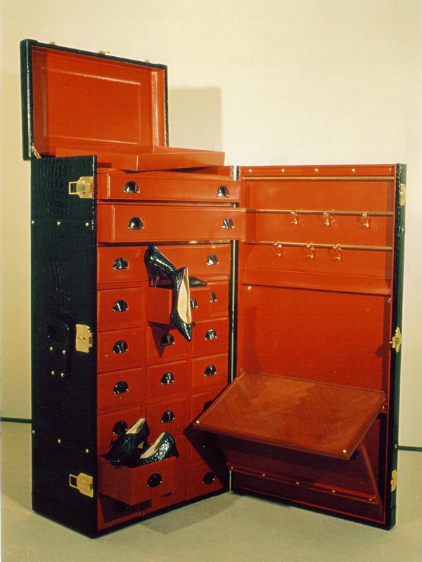 クロコダイル革製家具006
